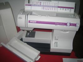 Foto 2 Koffernähmaschine Pfaff Classic Style Quilt 1527, mit Koffer, Top Zustan