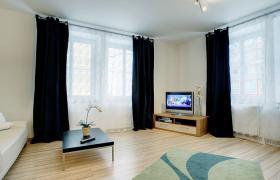 Komfortable, möblierte 2-Zimmerwohnung mit Balkon