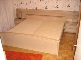 Kompl./gepflegtes Schlafzimmer Eiche Opal abzugeben