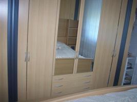 Foto 2 Komplete Schlafzimmereinrichtung