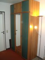 Komplette hochwertige Zimmereinrichtung (10 Teile inkl. Fernseher) in TOP Zustand