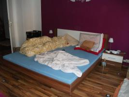 Foto 6 Komplettes Schlafzimmer + 14 m² Laminat, 6x LED Spo´ts+2x Matratzen+2xRöste+Schrank+usw....!!!!