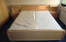 Foto 5 Komplettes Schlafzimmer  (Bett, Matratze, Lattenrost, Schrank)
