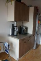 Komplettküche mit Einbaugeräten