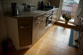 Foto 3 Komplettküche mit Einbaugeräten