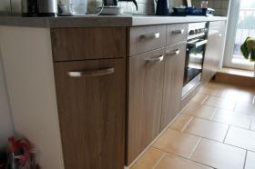 Foto 8 Komplettküche mit Einbaugeräten
