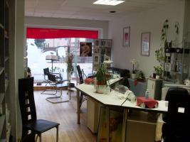 Kosmetik & Fingernagelstudio zu verkaufen