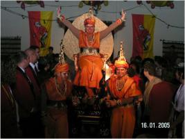 Foto 2 Kostüme für Tanz-u. Fußgruppen oder Einzelperson    AFRIKA und INDIEN
