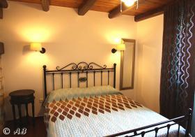 Foto 3 Kreta, Luxuriöse Stein-Villa in kretischen Ambiente mit imposantem Meerblick