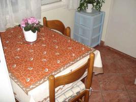 Foto 6 Kroatien Rijeka Zamet - und Verkauf von einem Stapel