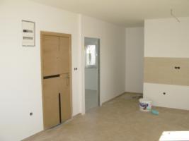 Foto 4 Kroatien-Vodice, Reihenhaus/Wohnung mit 3 Etagen!