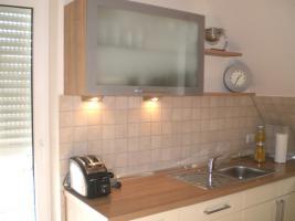 Foto 3 Küche Hochglanz Jasmin, Nuss-Nachbildung Nougat - TOP Zustand