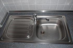 Foto 7 Küche L - Form inkl. Herd Ceranfeld Kühlschrank Gefrierfach Küchenschrank Spüle mit Mischbatterie