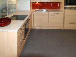 Foto 3 Küche neu, ewe, ahorn classic, stand in einer Ausstellung ca. 3,2 x 2,2 m