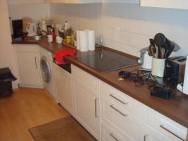 Foto 4 K�che, Esszimmertisch, St�hle, Kommode, Wohnzimmercouch zu verkaufen