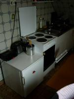 Foto 4 K�chenschr�nke, Einbauherd, Wohnwand