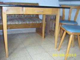 Foto 2 Küchentisch mit 2 Stühlen aus Haushaltsauflösung