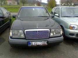 Foto 4 Kühlergrill, Chrom, Mercedes Benz W 124. Avantgarde