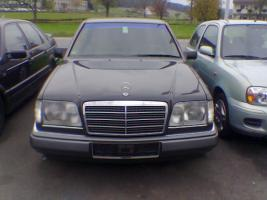 Foto 5 Kühlergrill, Chrom, Mercedes Benz W 124. Avantgarde