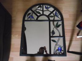 Foto 3 Kuhstallfenster umgestaltet zum Spiegel