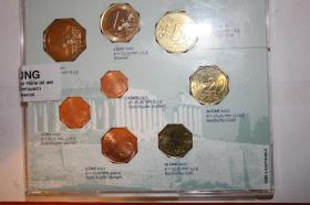 Kursmünzensätze versch. Länder bfr preisgünstig