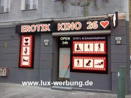 Foto 14 LED Schilder Leuchtschilder Leuchtkästen Leuchtbuchstaben Profilbuchstaben Acrylbuchstaben Metallbuchstaben mit LED Beleuchtung Berlin Außenwerbung