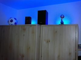 Foto 3 LED-Universal-Leiste blau mit Anschlusskabel