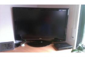 LG Flachfernseher 32LG3000 zu Verkaufen