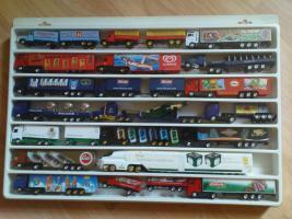 Foto 7 LKW Sammlung mit ca. 200 LKW´s