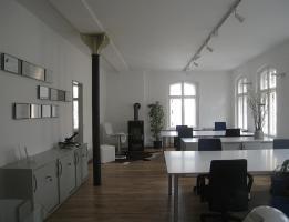 Foto 3 LOFTBÜRO in X-Berg: 4 AP in 8er Bürogem., voll möbl., 80m², Bergmannkiez, COWORKING ab sofort