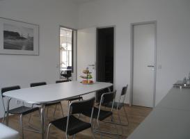 Foto 5 LOFTBÜRO in X-Berg: 4 AP in 8er Bürogem., voll möbl., 80m², Bergmannkiez, COWORKING ab sofort