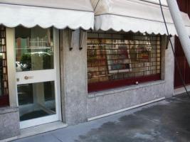 Foto 2 Laden mit Wohnung in Mailand zu verkaufen