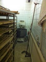 Foto 5 Ladenfläche, Ladenlokal und Backstube PROVISIONSFREI vom Eigentümer!