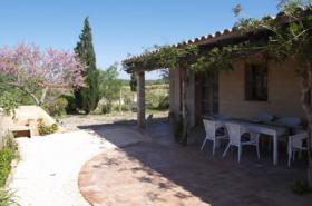 Langzeitmiete Mallorca: 130 qm Finca mit Heizung nahe Santanyi