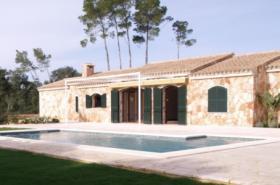 Langzeitmiete Mallorca: 250 m2 Finca mit Pool und Nebengebäude in Porreres