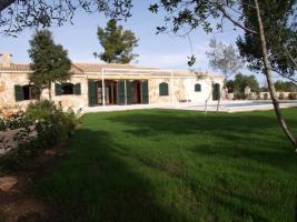 Foto 3 Langzeitmiete Mallorca: 250 m2 Finca mit Pool und Nebengebäude in Porreres