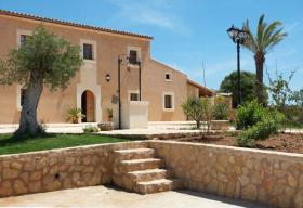 Foto 5 Langzeitmiete Mallorca: 300 m2 große gemütliche Pool Finca nahe Felanitx mit Panoramablick auf Kloster San Salvador