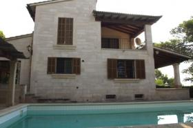 Langzeitmiete Mallorca: 340 qm Finca mit Pool und Meerblick zwischen Ses Salines und Colonia Sant Jordi