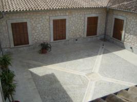 Foto 3 Langzeitmiete Mallorca: 520 m2 Luxus Pool Finca mit Bodega und Gästetrakt nahe Montuiri zur Langzeitmiete