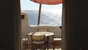 Foto 2 Langzeitmiete Mallorca: 80 qm Wohnung (Doppelhaus) im Ibiza Stil direkt am Meer in Cala Pi