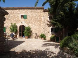 Foto 2 Langzeitmiete Mallorca: Alte renovierte mallorquinische Traum Finca mit Pool und Panorama Blick in S'Horta