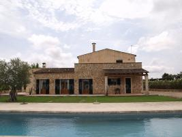 Langzeitmiete Mallorca: Antike 390 m2 gro�e Finca mit 60 m2 Pool, Heizung und Pferdehaltung zwischen Felanitx und Villafranca