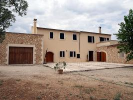 Foto 5 Langzeitmiete Mallorca: Antike 390 m2 große Finca mit 60 m2 Pool, Heizung und Pferdehaltung zwischen Felanitx und Villafranca