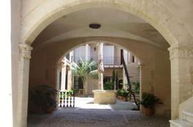 Langzeitmiete Mallorca: Außergewöhliche Wohnung mit Pool in einem historischem Altstadt Palast von Plama de Mallorca