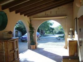Foto 6 Langzeitmiete Mallorca: Einzigartige Pool Finca mit Olivenplantage auf einem 26 HA Grundstück in erhöhter Lage von Campos