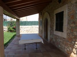 Foto 2 Langzeitmiete Mallorca: Freistehendes Naturstein Stadthaus / Chalet am Ortsrand von Santanyi