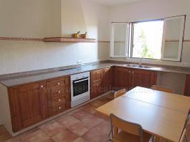 Langzeitmiete Mallorca: Gro�z�giges Neubau Dorfhaus in ruhiger Lage von Ses Salines