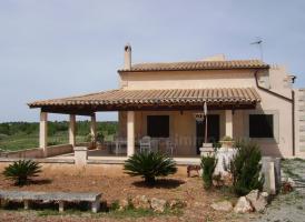 Foto 3 Langzeitmiete Mallorca: Kleine Finca in Ses Salines mit 18.000 m2 Grundst�ck