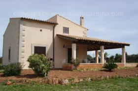 Langzeitmiete Mallorca: Kleine Finca in Ses Salines mit 18.000 m2 Grundstück zur Langzeitvermietung