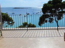 Foto 2 Langzeitmiete Mallorca: Luxus Meerblick Wohnung in erster Meereslinie von Colonia Sant Jordi mit traumhaftem Hafenblick